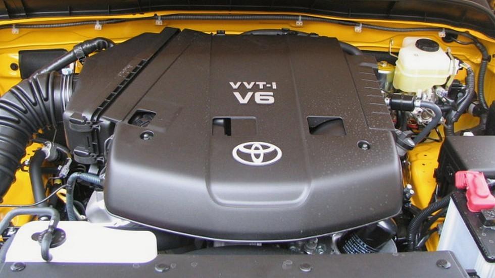 1GR-FE 4.0 L V6 на автомобиле Toyota FJ Cruiser 2007 года