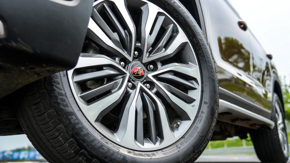Roewe RX8 колесо