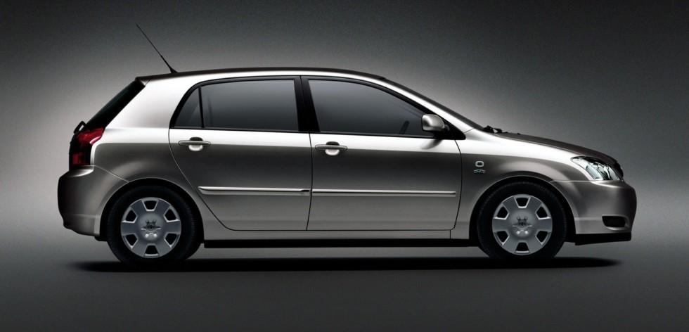 Toyota Corolla 5-door Worldwide '2001–04с