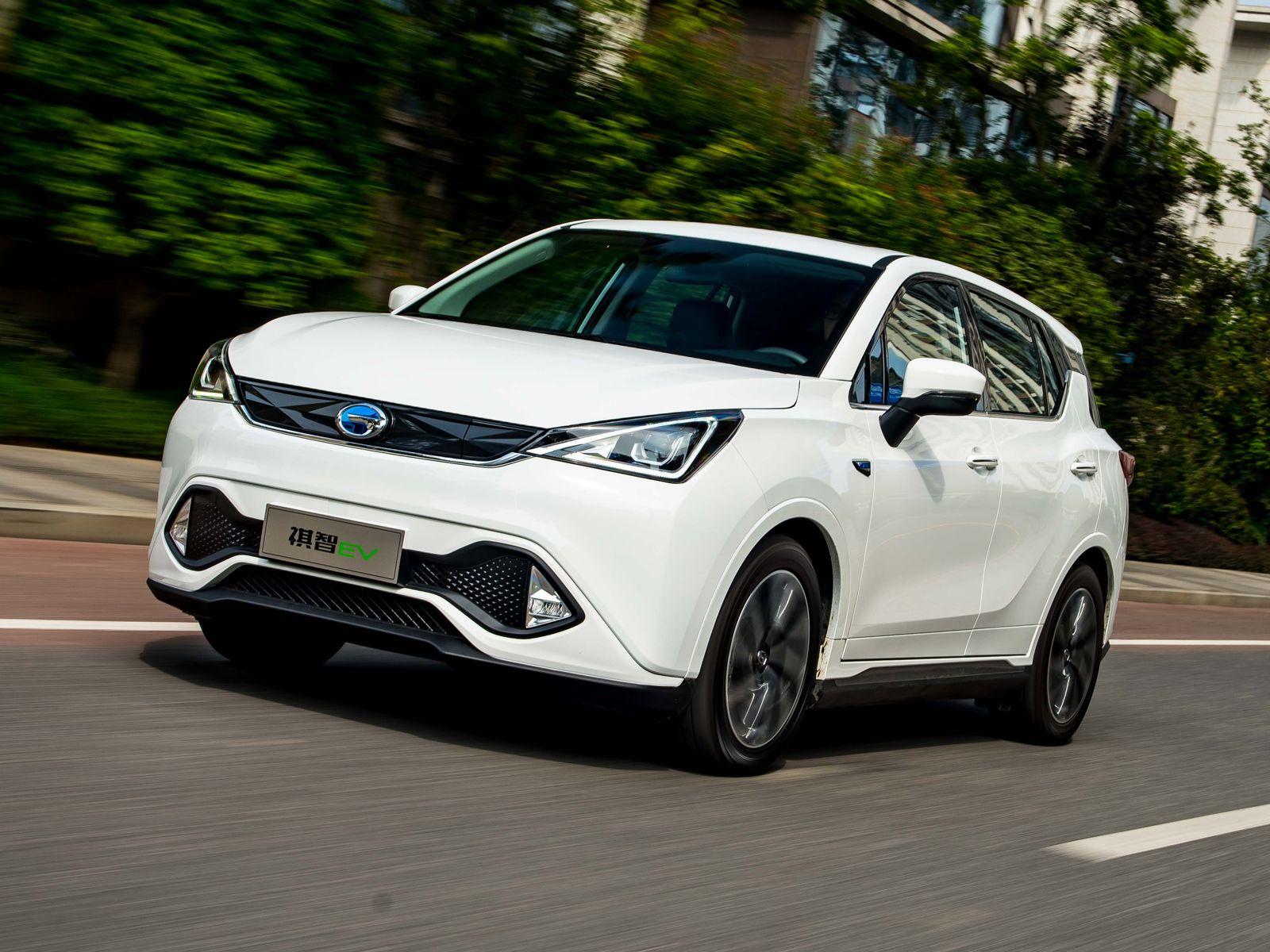 Клоны в обмен на кредиты: Mitsubishi представила электромобиль Eupheme EV