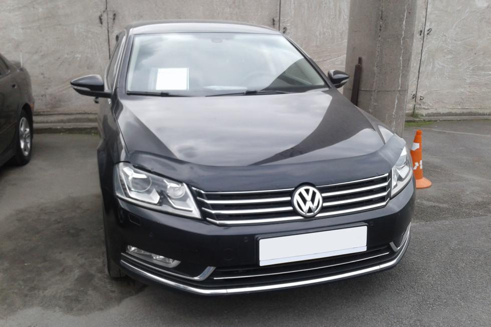 Volkswagen Passat три четверти