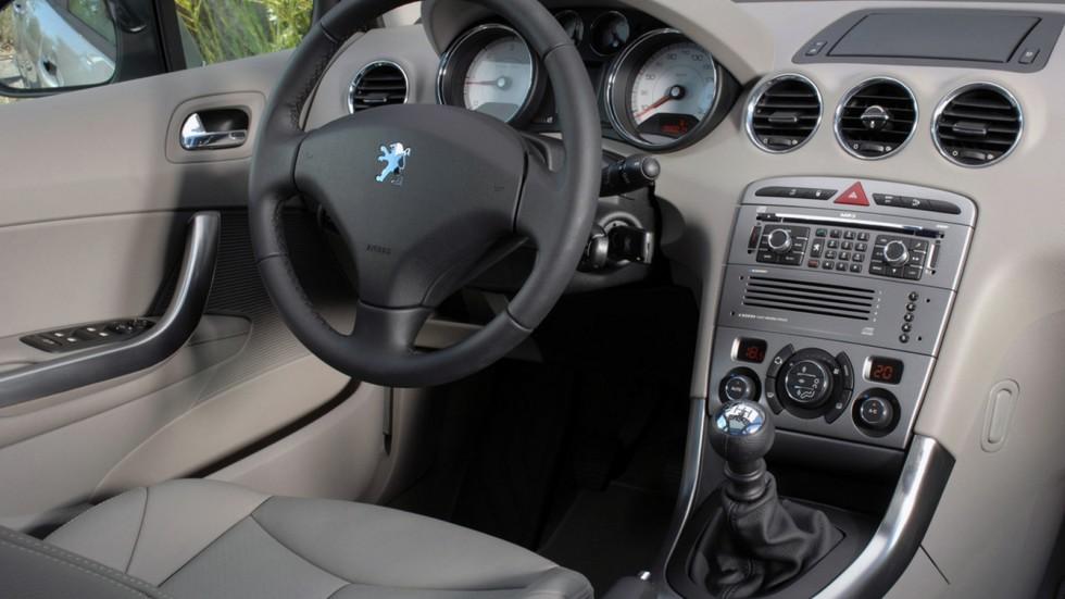 Торпедо Peugeot 308 5-door Worldwide '2007–11
