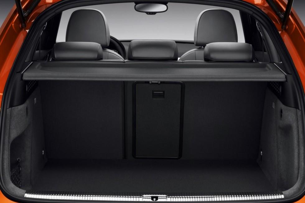 Интерьер Audi Q3 2.0 TDI quattro (8U) '2011–15