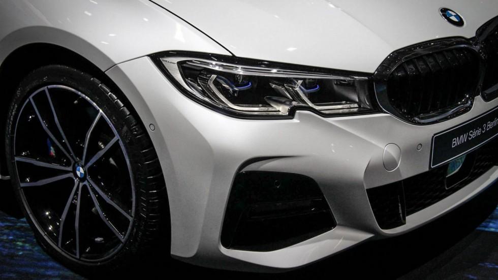 BMW 3 серии белая спереди