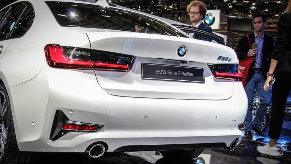 BMW 3 серии белая сзади (2)