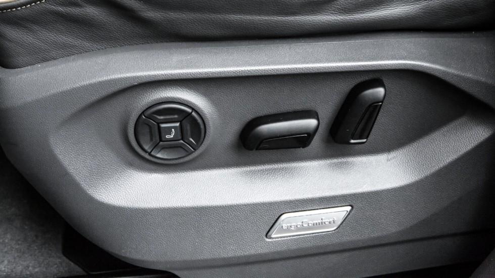 Volkswagen Touareg салон (1)