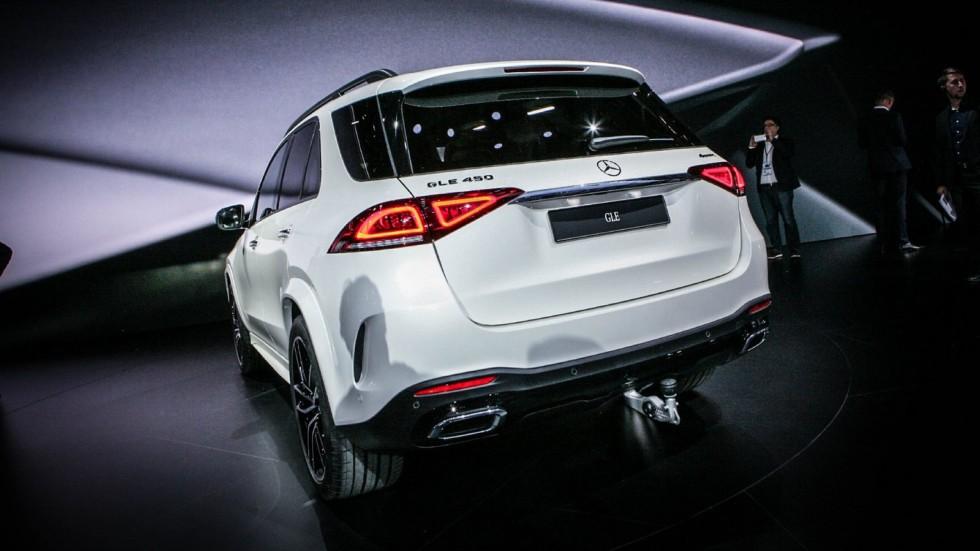 Mercedes-Benz GLE белый сзади