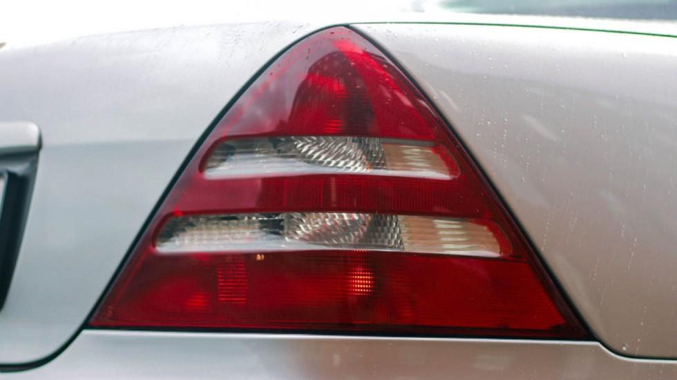 Mercedes-Benz SLK фонарь