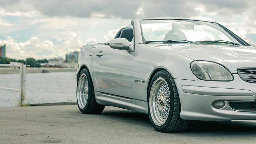 Mercedes-Benz SLK сбоку