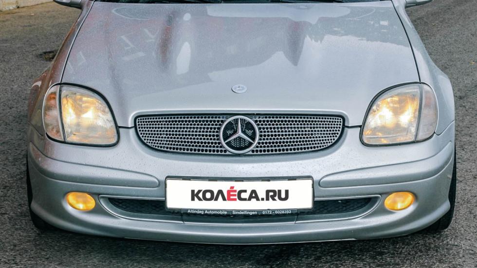 Mercedes-Benz SLK спереди (3)