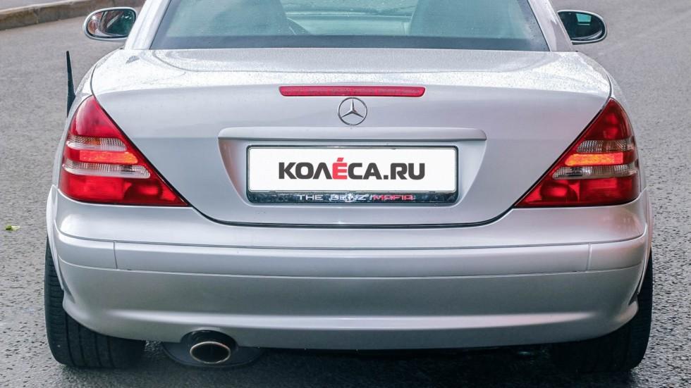 Mercedes-Benz SLK сзади