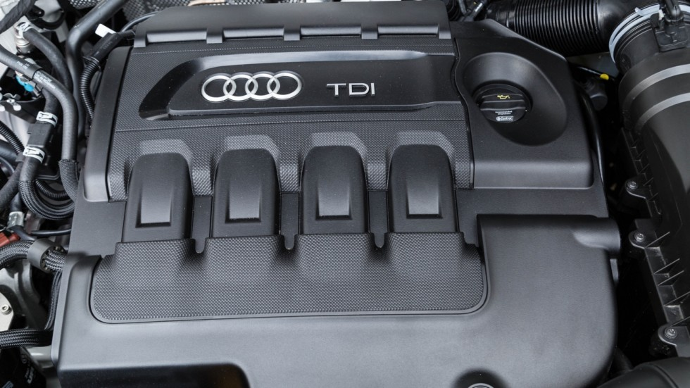 Под капотом Audi Q3 2.0 TDI quattro Worldwide (8U) '2015–н.в.