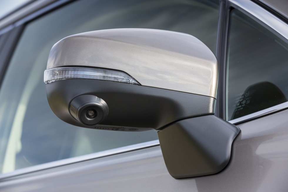Subaru Forester SK зеркало бокового вида с камерой