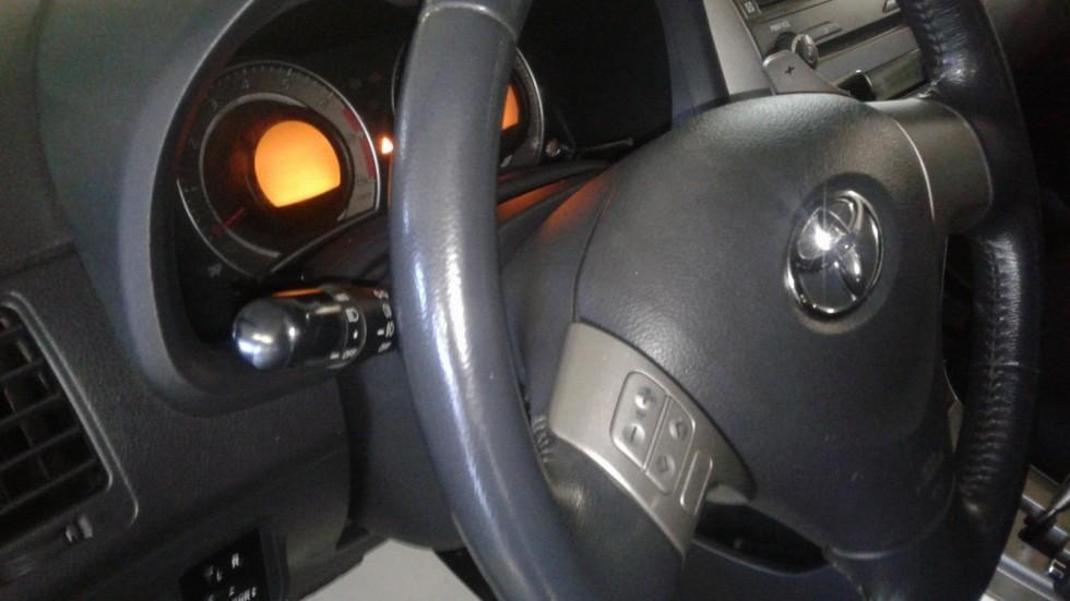 Toyota Corolla 150 руль