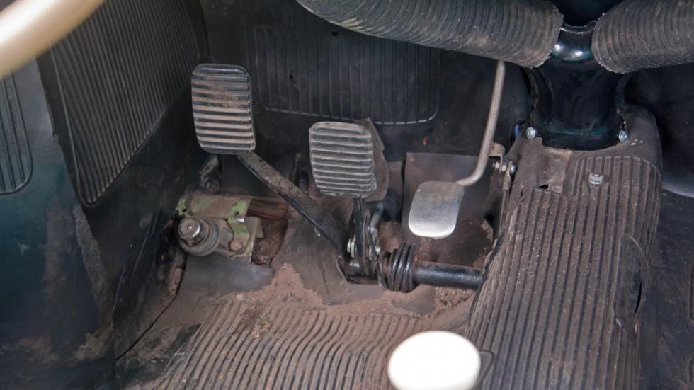 ЗАЗ 965А педальный узел
