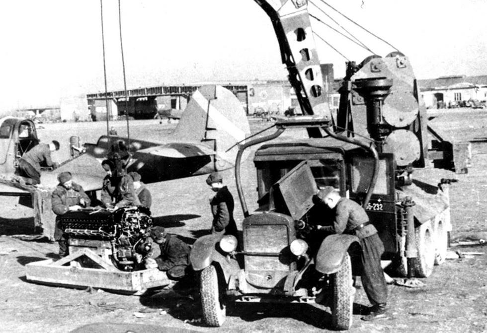 Автокран АКМ «Январец» с механическим приводом в Красной армии
