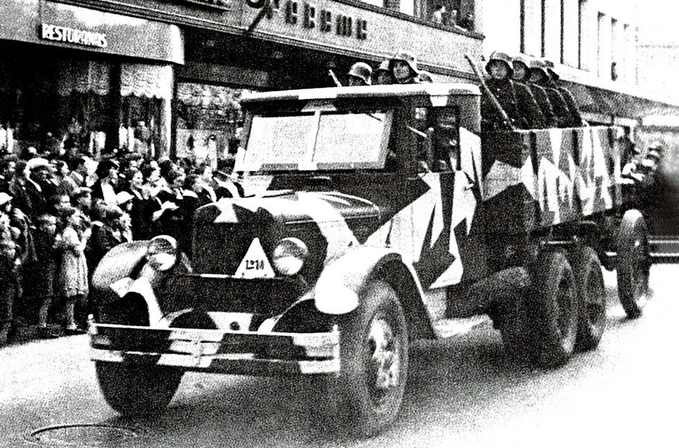Один из 60 экспортных грузовиков ЗИС-6 в литовской армии (из архива Л. Суславичуса)