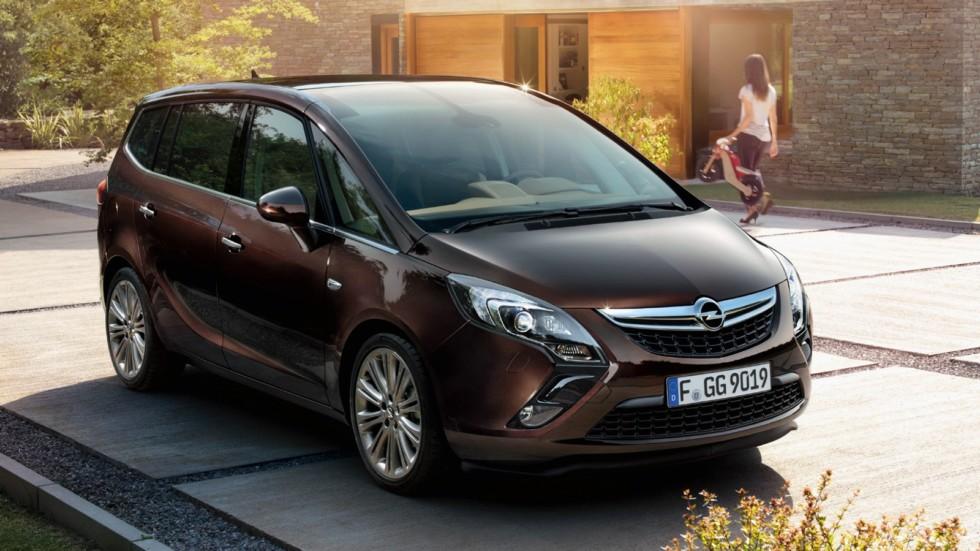 На фото: Opel Zafira