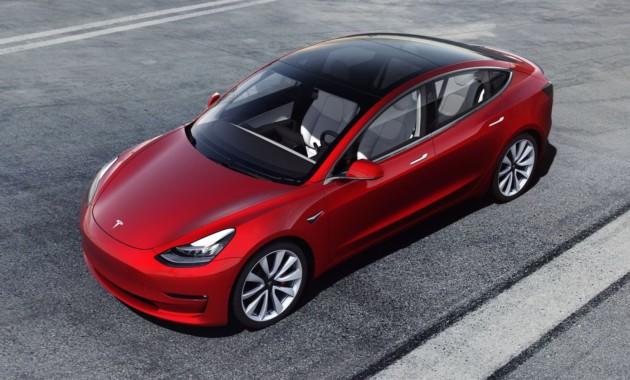 WSJ узнала о изучении  ФБР против Tesla из-за нового седана