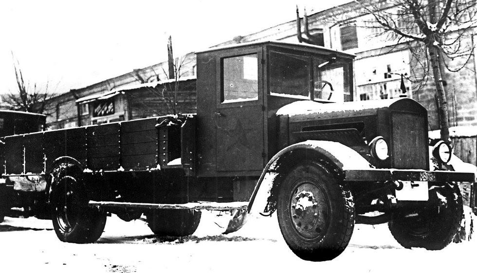 Автомобиль инженерных войск на длиннобазном автобусном шасси Я-6