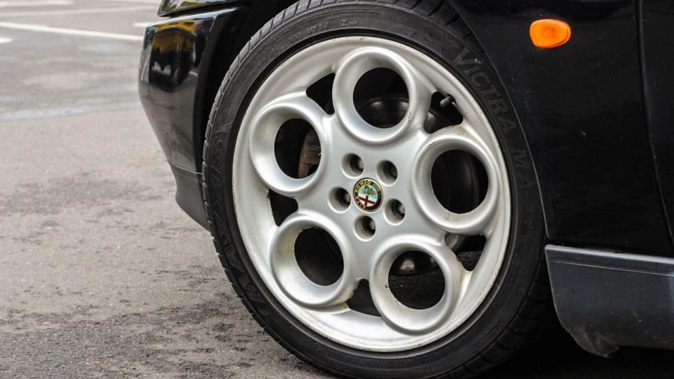 Alfa Romeo GTV колесо