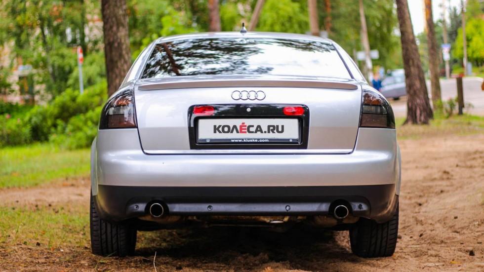 Audi A6 II сзади