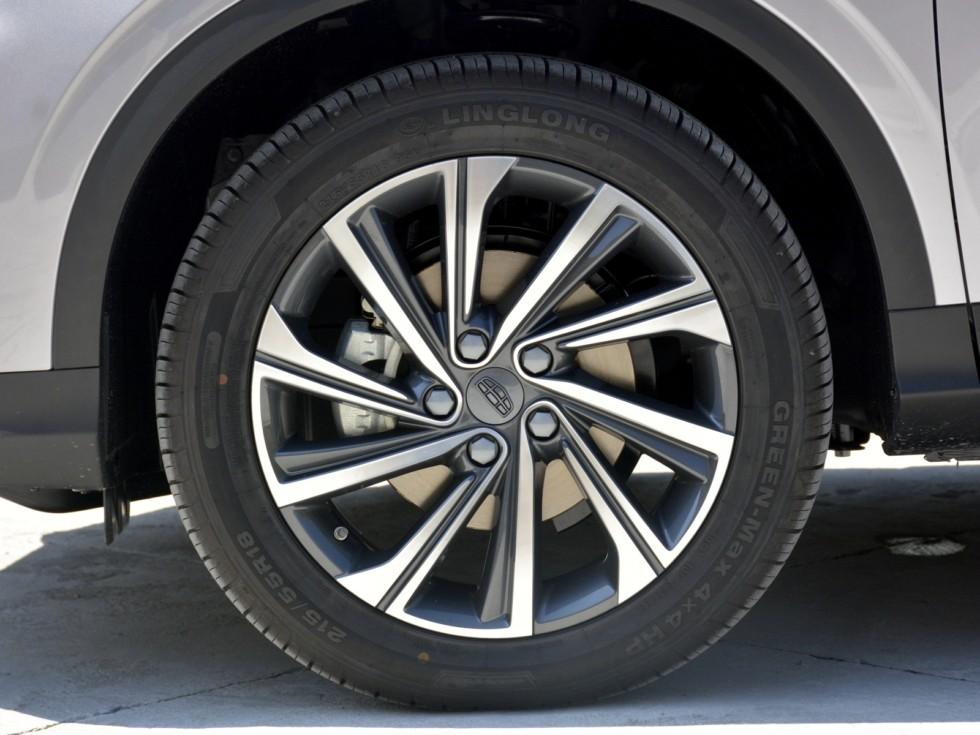 Geely SX11 колесо