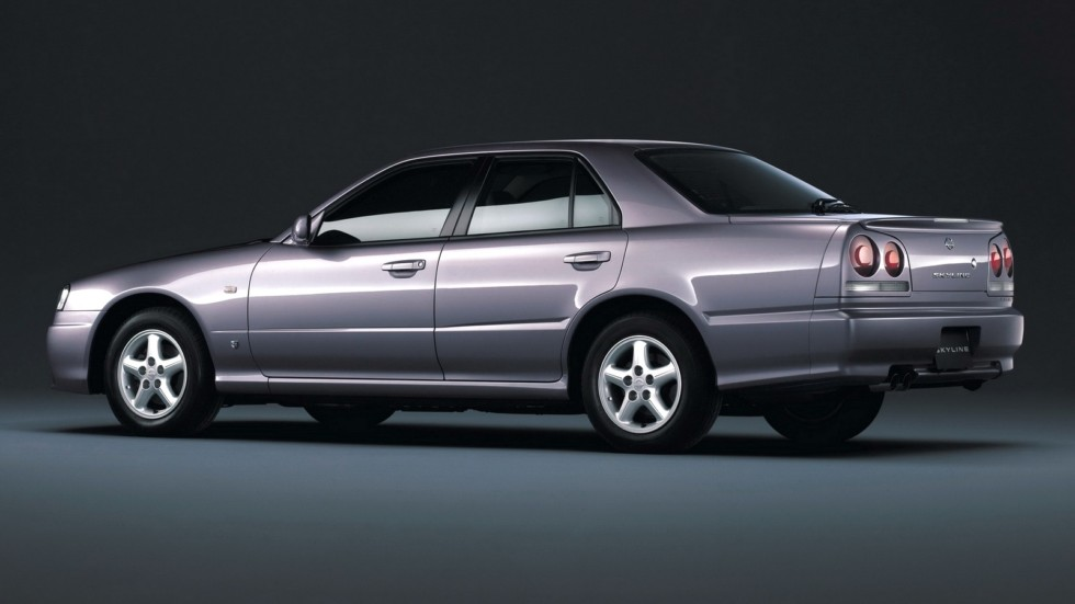Nissan Skyline 25GT-X Turbo Sedan (R34) '05.1998–08.2000 сзади