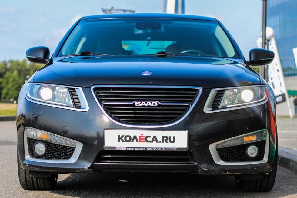 Saab 9-5 черный спереди