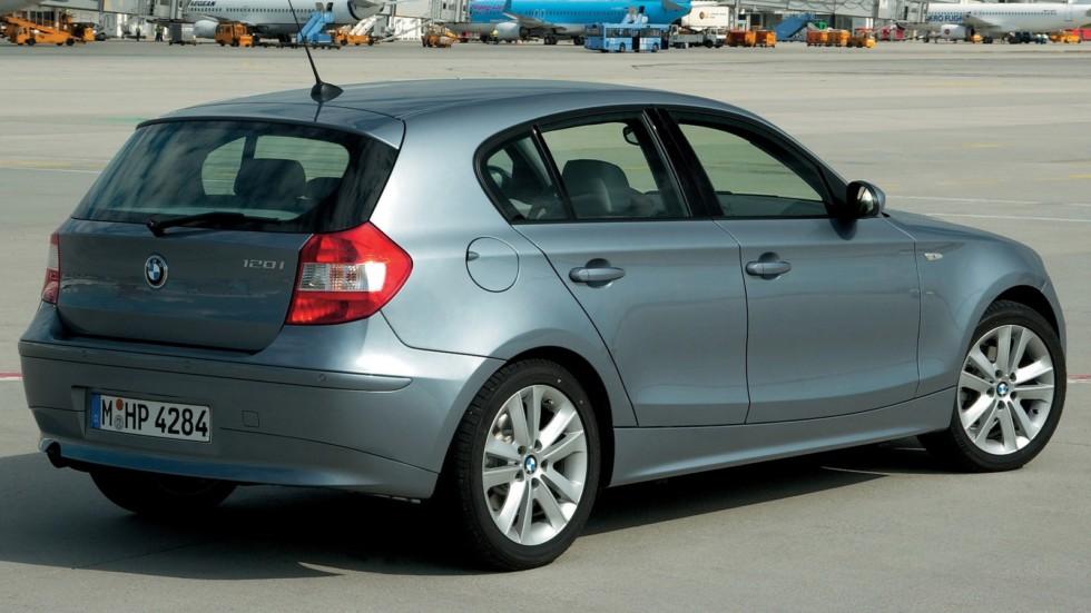 BMW 120i 5-door (E87) '2004–06