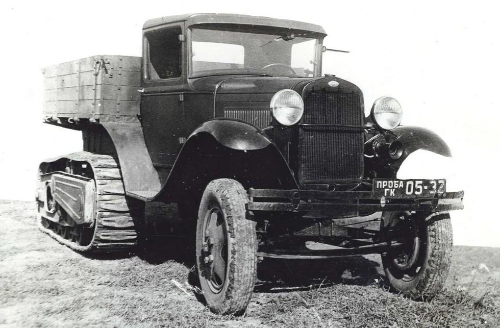 Модернизированный ГАЗ-60П с принудительным приводом гусениц. 1940 год