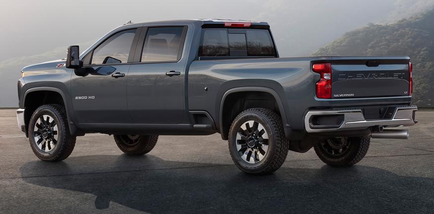 На фото: Chevrolet Silverado HD (LT)