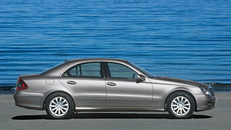Mercedes-Benz E 350 (W211)