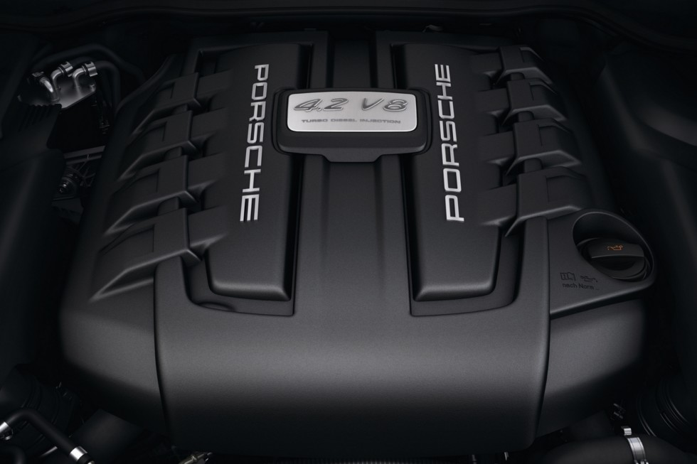 Под капотом Porsche Cayenne S Diesel (958) '2012–14