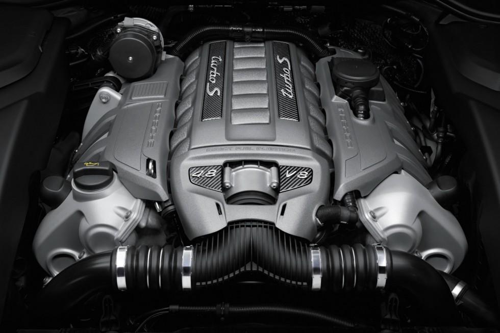 Под капотом Porsche Cayenne Turbo S (958) '2013–14