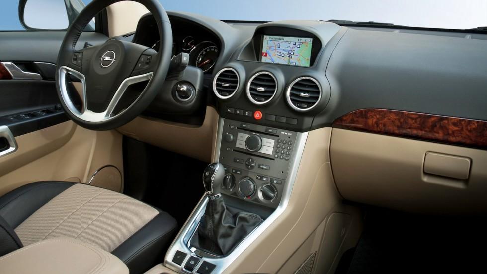 Интерьер Opel Antara '2010–15с