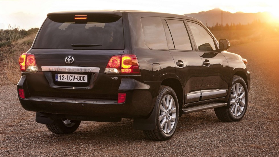 Toyota Land Cruiser V8 (URJ200) '2012–15ы