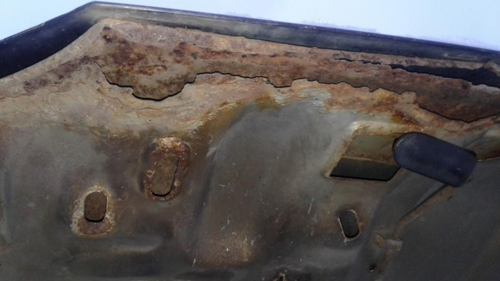 ВАЗ-2115 ржавчина (8)