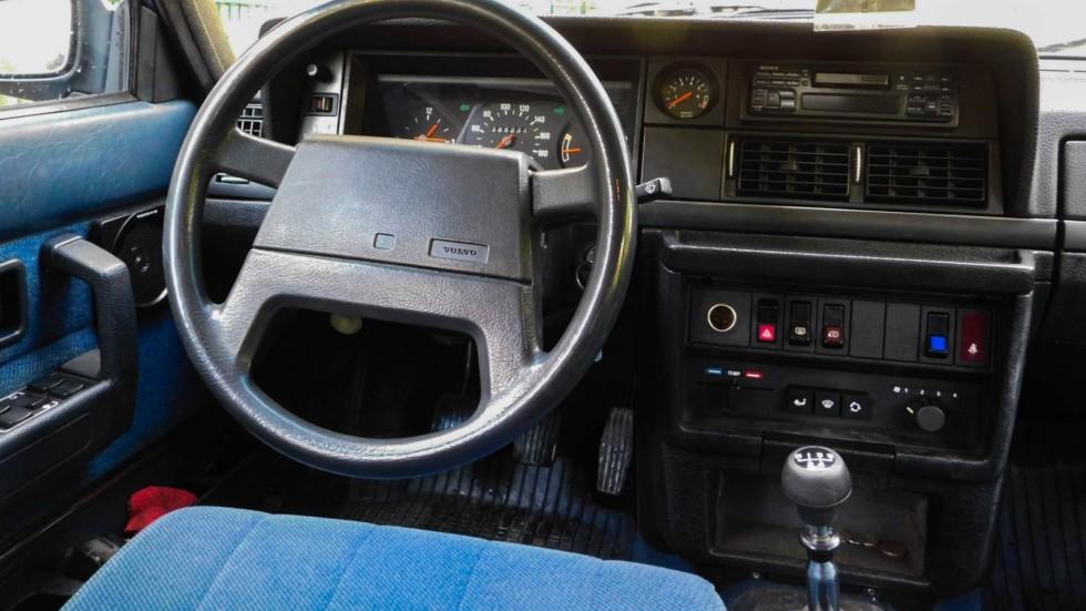 Volvo 240 руль