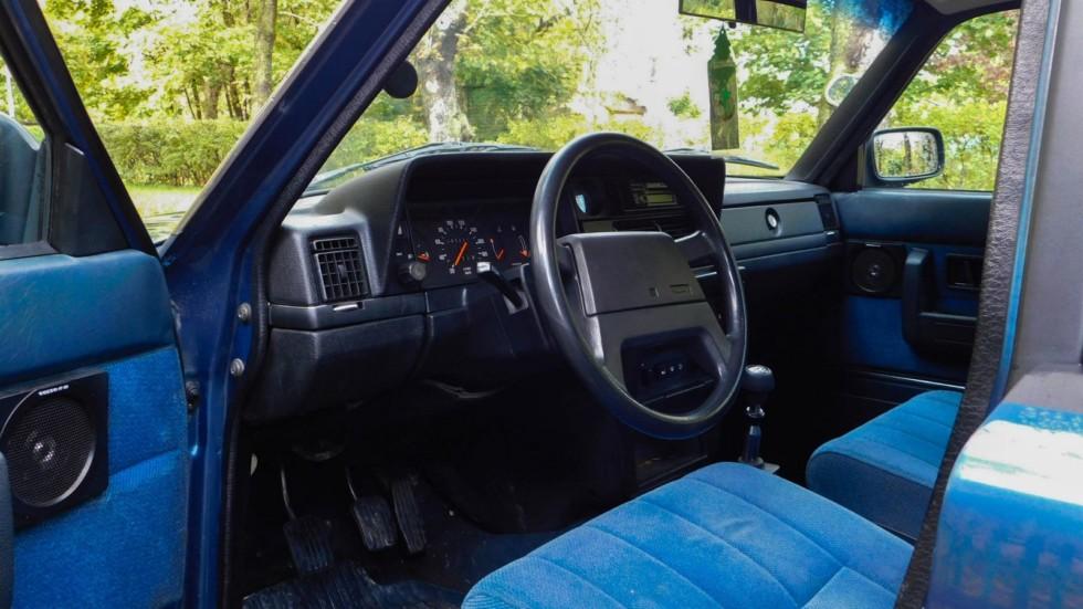Volvo 240 салон (2)