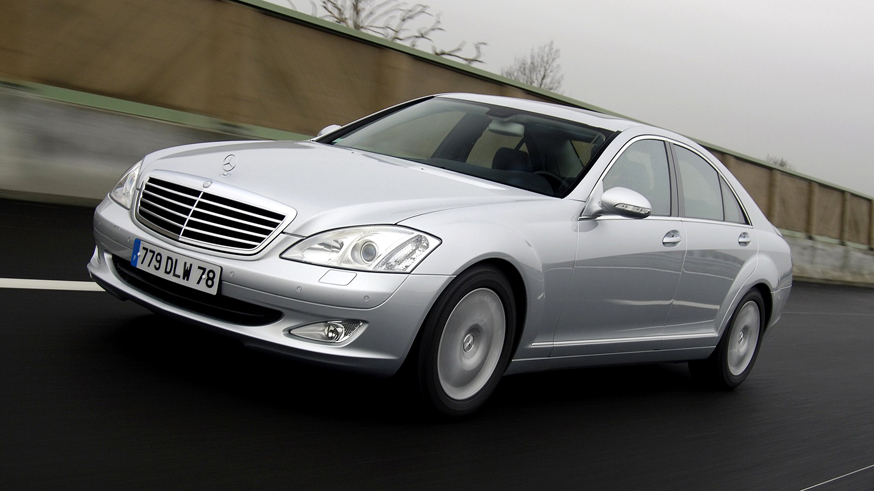 На фото: Mercedes-Benz S-Class