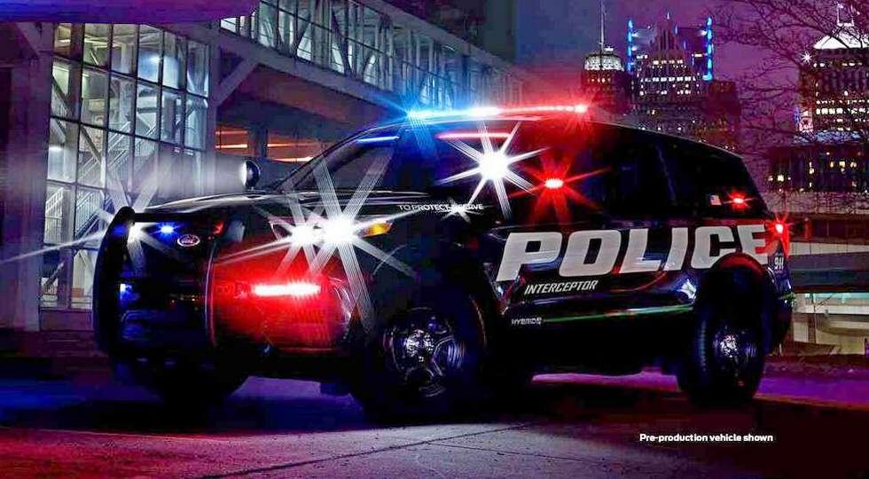 Официальный тизер нового Ford Explorer, предназначенного для полиции США