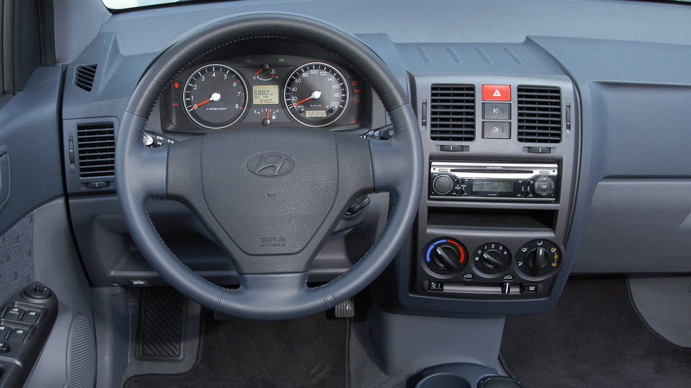 Салон Hyundai Getz' 2002-2005