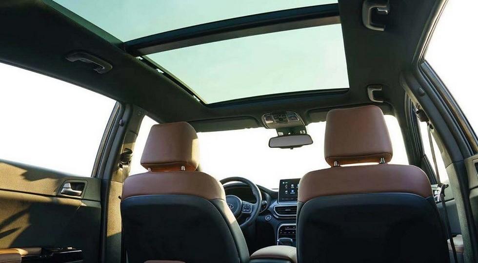 У невостребованного Kia Sportage перекроили салон: «парящий» экран и меньше кнопок