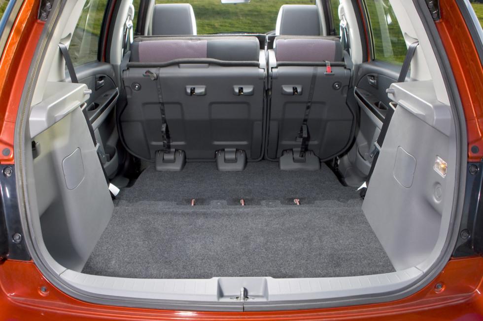 Багажник Suzuki SX4' 2006–10