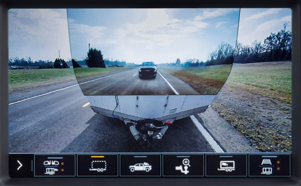 2020 GMC Sierra HD Transparent Trailer Rear Camera View