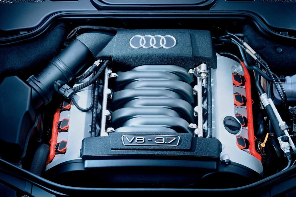 Под капотом Audi A8 3.7 quattro (D3) '2003–05