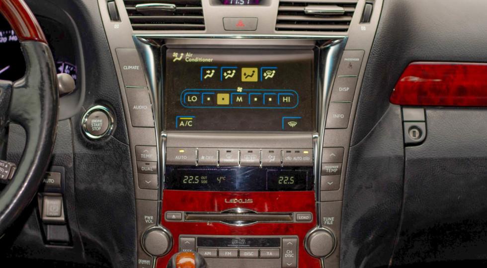 Даже это можно сломать: опыт владения Lexus LS 460