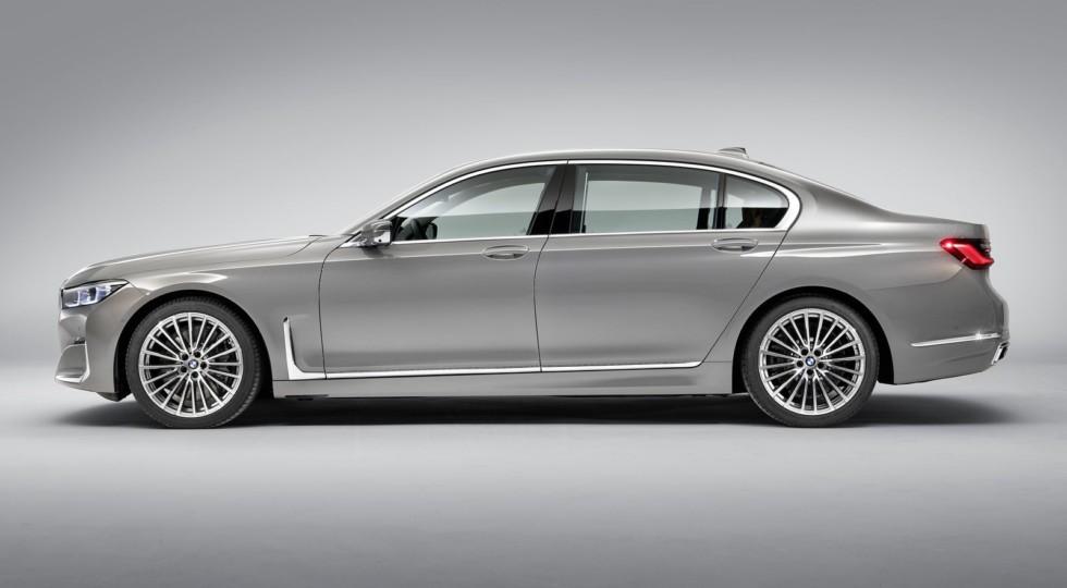 BMW 7 серии: обновление без сюрпризов и цена от 5,48 млн рублей