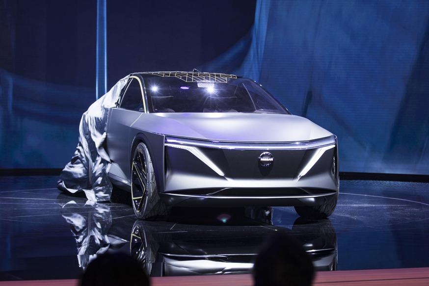Полноприводный Nissan IMs с «троном» на галёрке: попытка марки спасти седаны